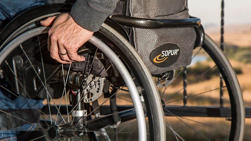 Best Lightweight Folding Wheelchair: Our 5 Favorites Reviewed